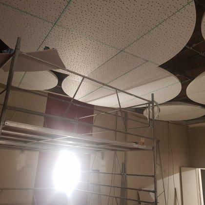 Colocação de teto falso design interior- Localidade de obra / Espanha