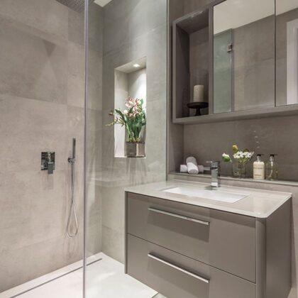 Aplicação revestimento casa de banho