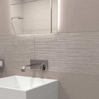 Revestimento de parede com módulo casa de banho